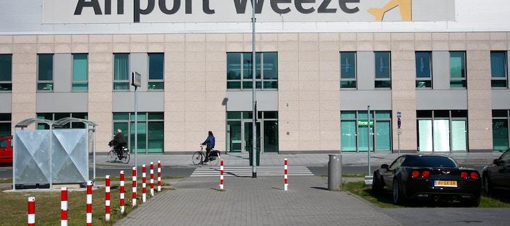 Prenota ora il bus shuttle da Weeze al centro di Amsterdam