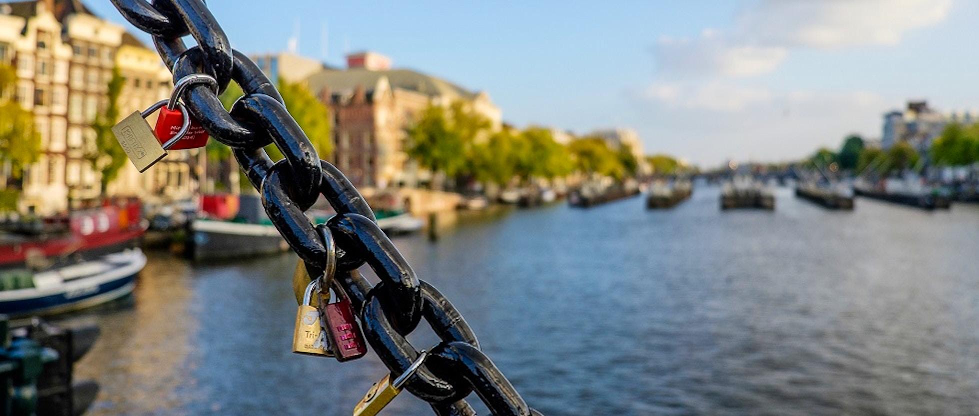 10 idee per un week end romantico ad amsterdam for B b ad amsterdam centro