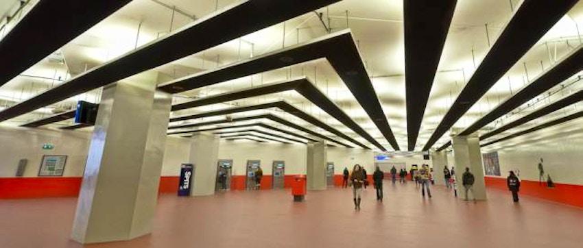 Metropolitana di amsterdam biglietti e orari vivi for Hotel amsterdam stazione