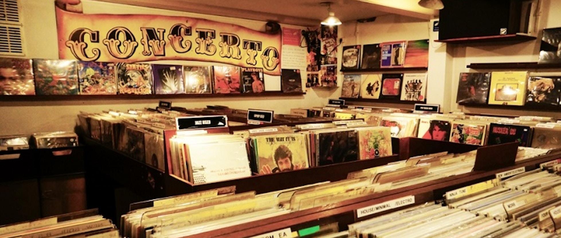 8 negozi di dischi indipendenti ad amsterdam da non perdere for B b ad amsterdam centro