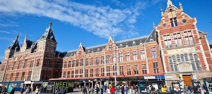 Centraal station la stazione centrale di amsterdam for Hotel centrali ad amsterdam