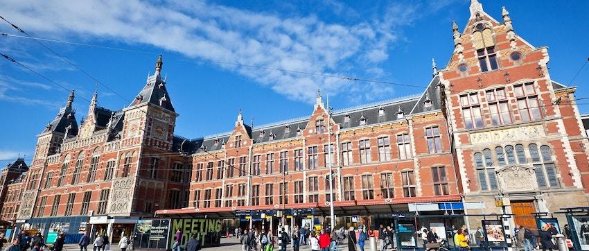 centraal station la stazione centrale di amsterdam