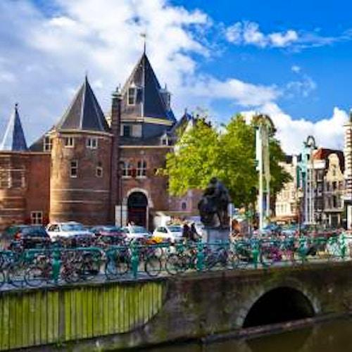 Guida ai quartieri e le zone di amsterdam da non perdere for Centro di amsterdam