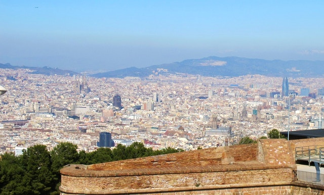 vivi barcellona la guida italiana alla capitale catalana