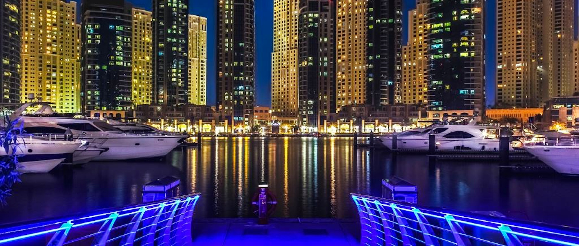 Top 10 hotel a dubai marina vivi dubai for 10 best hotels in dubai