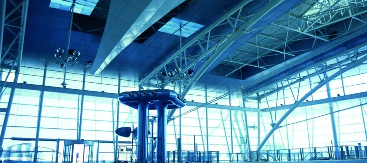 Transfer privato dall'Aeroporto Carneiro al Centro di Porto