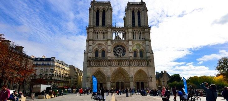 Prenota online i biglietti per Notre Dame e salta la lunga coda all'ingresso