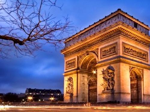 Biglietti Arco di Trionfo@cta-style(1)@cta-title(Prenota i biglietti per salire sull'Arco di Trionfo e salta la coda in biglietteria)@cta-link(https://www.getyourguide.it/parigi-l16/parigi-accesso-prioritario-per-l-arco-di-trionfo-t66157/?partner_id=H0IOJ67&cmp=VP_cover_arco-di-trionfo)@cta-button(prenota ora)@cta-price(12 EUR)