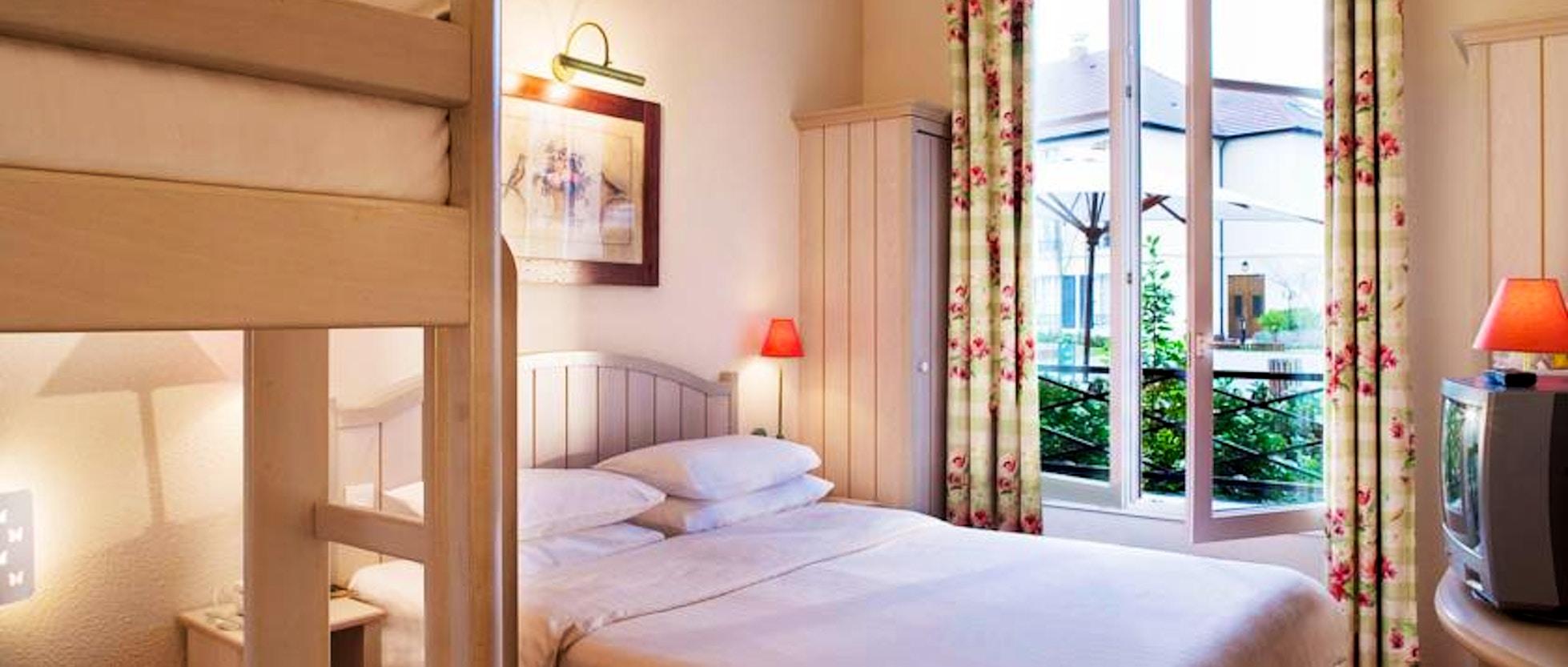 Disneyland paris hotel dove dormire vicino ai parchi disney for Soggiornare a parigi
