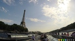 01 Torre Eiffel vista dalla Senna in battello