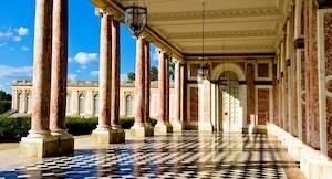 grand trianon loggia chateau versailles