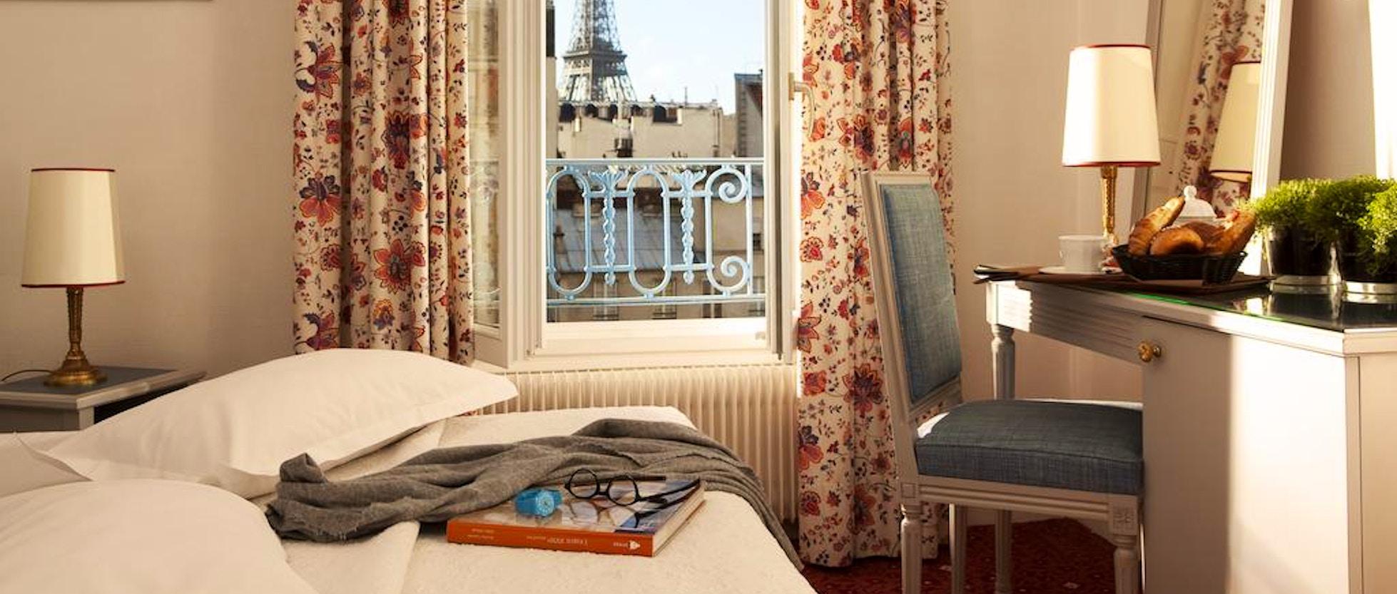 10 Hotel vicino alla Torre Eiffel: Dormire a due passi dal simbolo ...