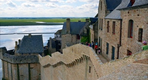 Mont Saint Michel turisti
