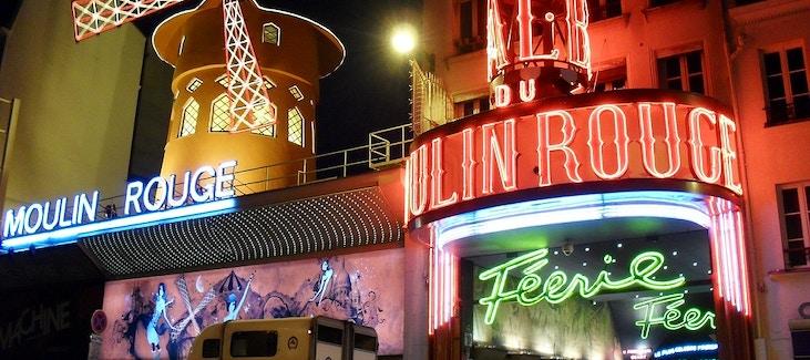 Come vestirsi per il moulin rouge e i cabaret di parigi for Arredamenti parigini
