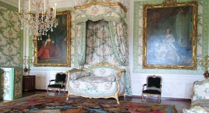 Versailles Camera