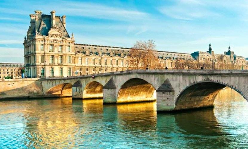 Museo del Louvre + Crociera