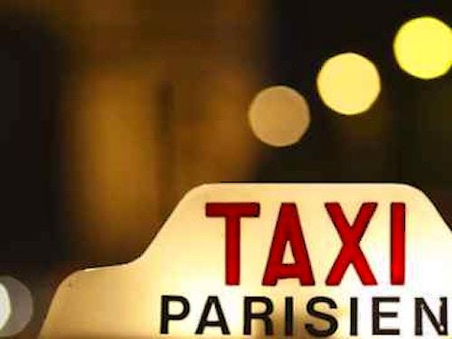 Prenotare un Taxi a Parigi@cta-style(1)@cta-title(Prenota online un taxi a Parigi e controlla in anticipo le tariffe)@cta-link(https://viviparigi.it/trasporti/come-prenotare-taxi-in-italiano-parigi.html?source=tariffe_taxi)@cta-button(MOSTRA LE TARIFFE)@cta-price(7 EUR)