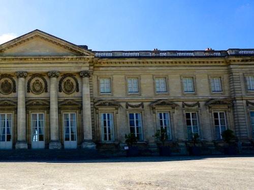 Castello di Compiègne con Paris Pass@cta-style(3)@cta-title(Entra gratis al Castello di Compiègne)@cta-link(http://viviparigi.it/pass-turistici/paris-pass.html)@cta-button(scopri tutti i vantaggi del paris pass)@cta-image(parispass.png)