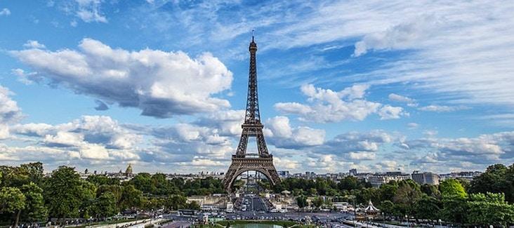 Prenota ora i biglietti per visitare la Torre Eiffel e salta la lunga coda all'ingresso