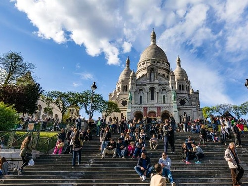 Parigi in 4 giorni@cta-style(3)@cta-title(Entra gratis in oltre 60 attrazioni di Parigi)@cta-link(https://www.getyourguide.it/parigi-l16/parigi-pass-turistico-valido-2-giorni-per-visitare-la-citta-t4521/?partner_id=H0IOJ67&cmp=parispass_4giorni)@cta-button(scopri tutti i vantaggi del paris pass)@cta-image(parispass.png)