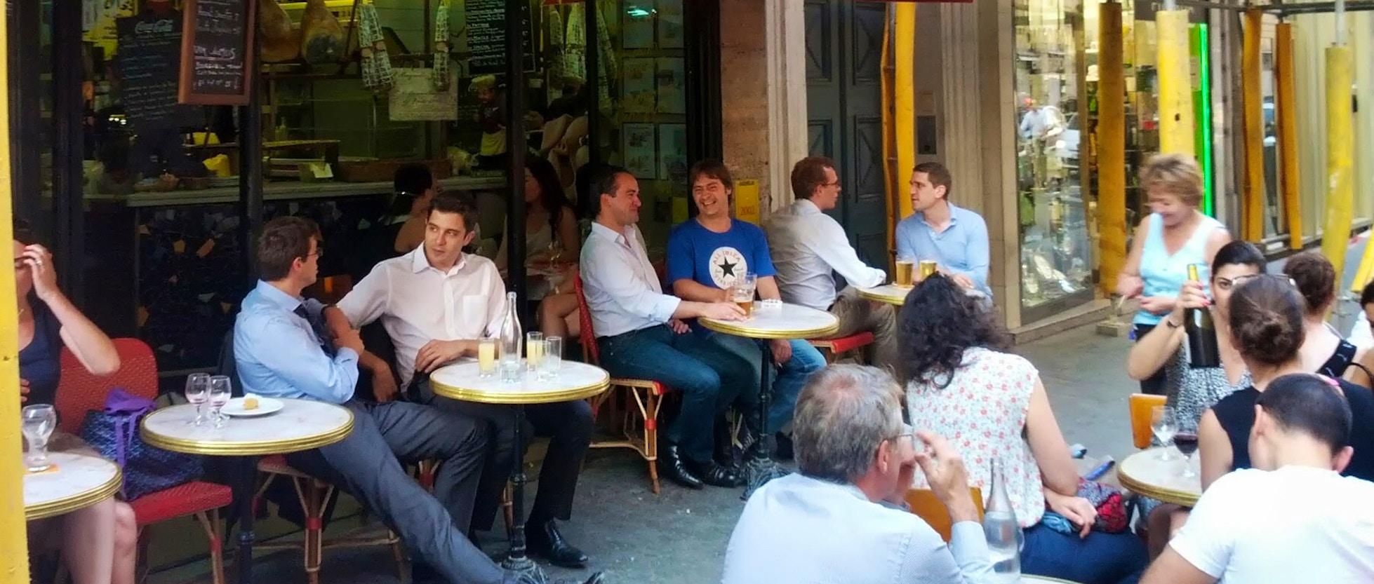 Le petit vend me il miglior sandwich prosciutto e burro for Miglior ristorante di parigi