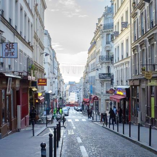 Itinerari e passeggiate a parigi vivi parigi for Miroir rue des martyrs