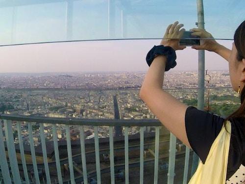 Tour Montparnasse@cta-style(1)@cta-title(Biglietto salta la coda per il 56° piano della Torre Montparnasse)@cta-link(https://www.getyourguide.it/parigi-l16/panorama-dal-56-e-dall-ultimo-piano-della-tour-montparnasse-t22662/?partner_id=H0IOJ67&cmp=VP_cover_torremontparnasse)@cta-button(prenota ora)@cta-price(15 EUR)