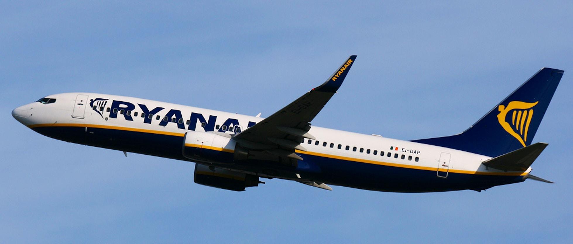 Le tratte aeree più economiche per volare dall\'Italia a Parigi