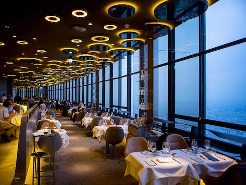 Torre@cta-style(1)@cta-title(Prenota ora un biglietto per salire sulla Torre Montparnasse)@cta-link(https://www.getyourguide.it/parigi-l16/panorama-dal-56-e-dall-ultimo-piano-della-tour-montparnasse-t22662/?partner_id=H0IOJ67&cmp=VP_cover_ristorante_montparnasse)@cta-button(Prenota ora)@cta-price(15 EUR)